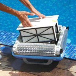 dolphin supreme m200 medence robot porszivo 1 uszodaesmedence