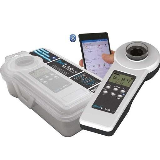 PoolLab 1.0 photometer 2 uszodaesmedence
